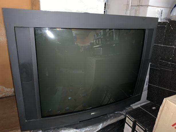 Televisor Philips (Não liga) Ecra curvo - 65x50 +móvel de sala para TV