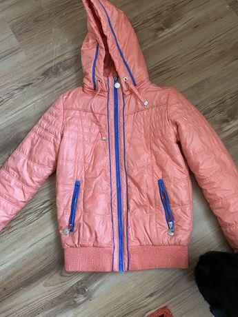 Куртки на девочку подростка