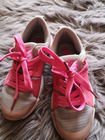 Sportowe buty 4f r32