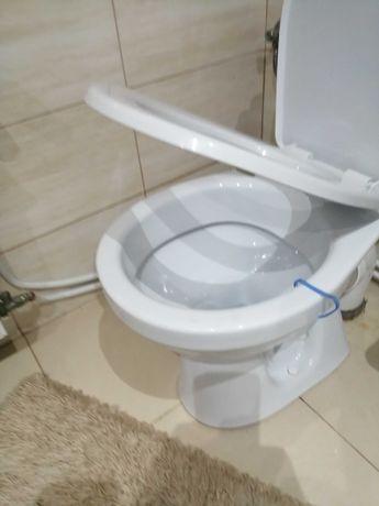 Kompakt wc z wolno opadajaca deska