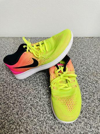 Nike Running Free RN