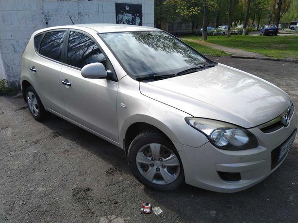 Hyundai i30 2010 бензин/газ