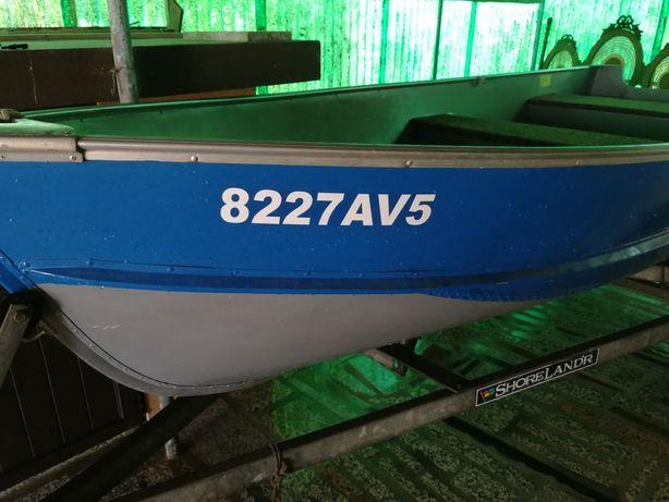 Vendo embarcação recreio e pesca desportiva com reboque e motor