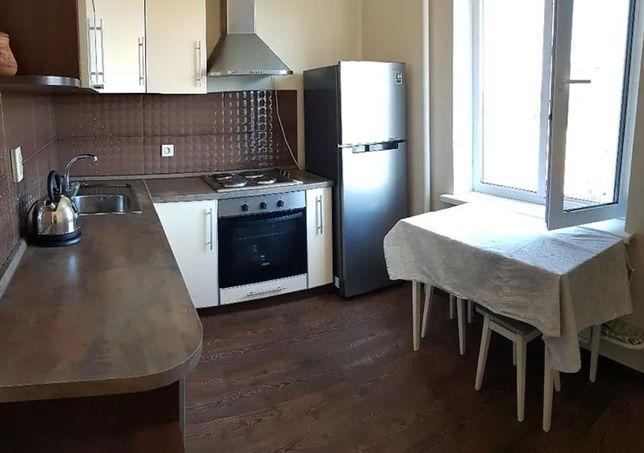 Продается 1к квартира 43м2 улица Высоцкого 5, Троещина