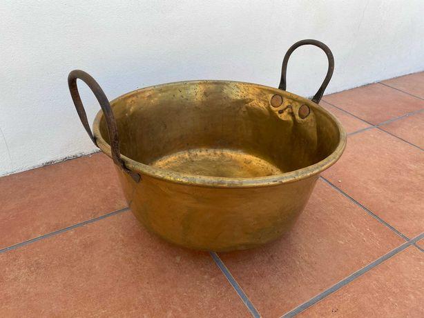Tacho Antigo em Cobre