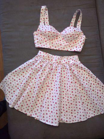 Летний костюм - юбка с топиком, S.