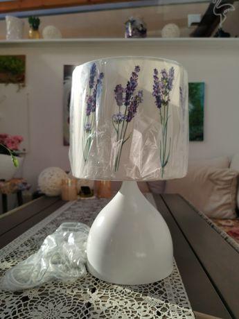 Lampka z motywem lawendy