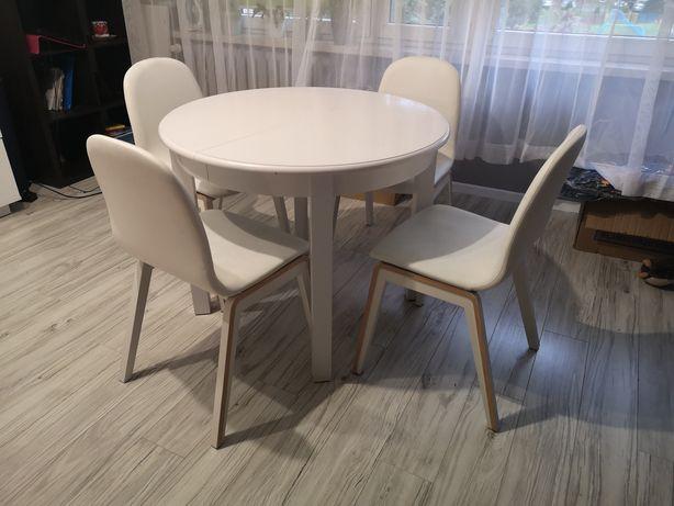 Krzesła białe BRW