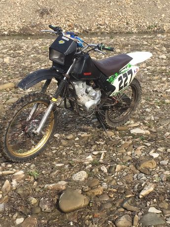 Мотоцикл yamaha dt