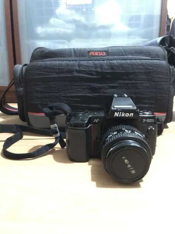 Nikon F-801S + objectiva 35-70mm e mala