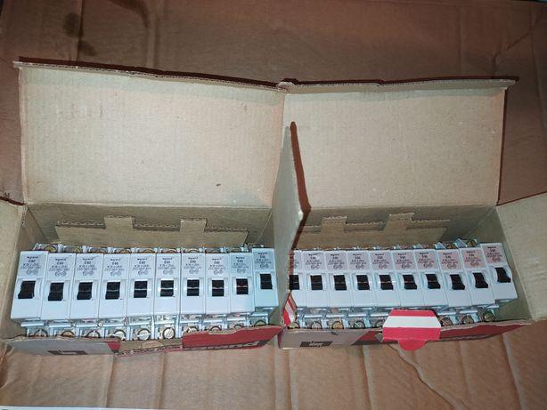 Disjuntores 25A Legrand novos