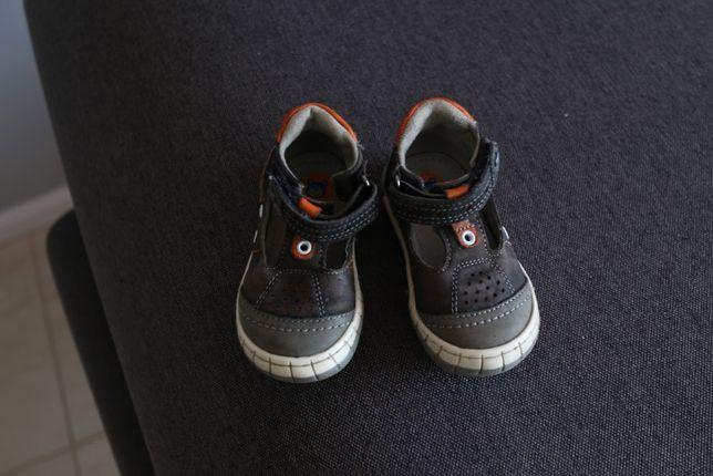 Lasocki Kids r 19 jak nowe półsandałki sandałki