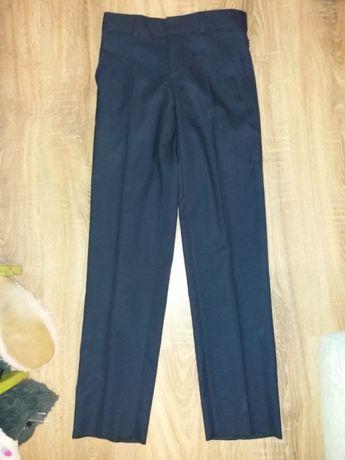 классические брюки для подростка