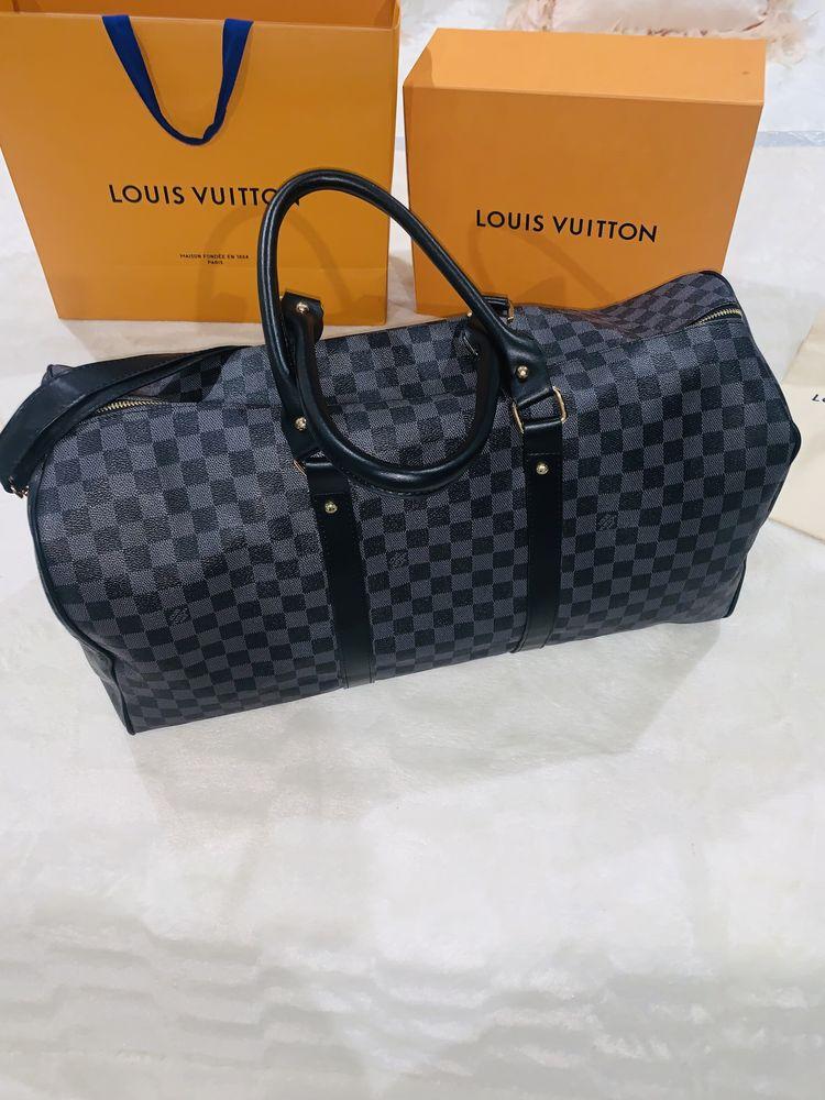 Travelling Bag Louis Vuitton Grey Bar