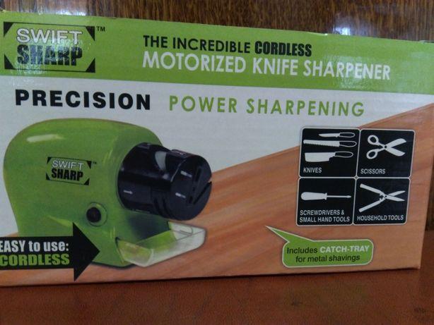 Точилка для ножей и ножниц на батарейках.