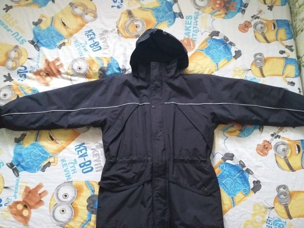 Курточка на 9-11 лет.