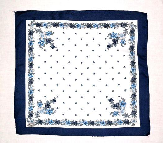 Косынка платок на голову, шею шёлк белый синий декор цветы голубые