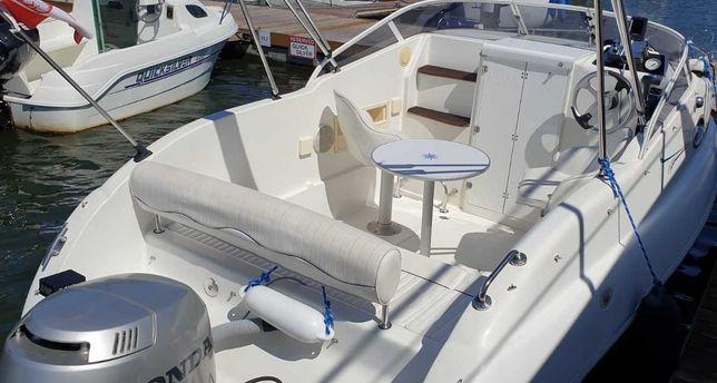 Jacht motorowy Bahia 20