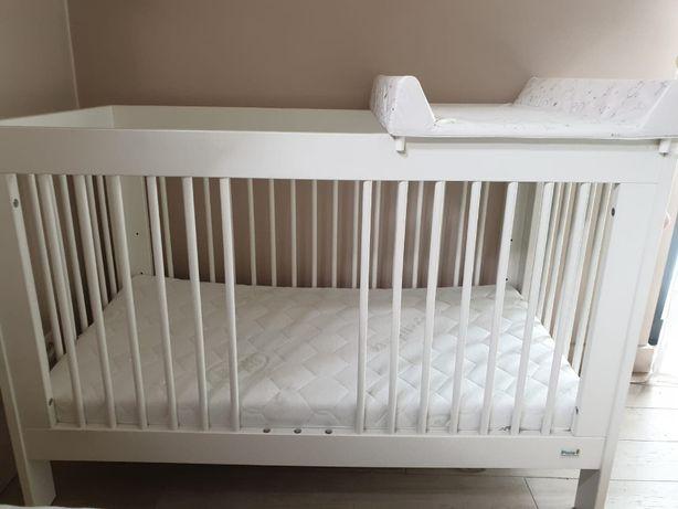 Łóżeczko niemowlęce/dziecięce z materacem
