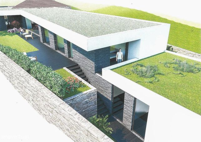 Terreno c/ projeto aprovado p moradia de 3 frentes c/ piscina e jardim