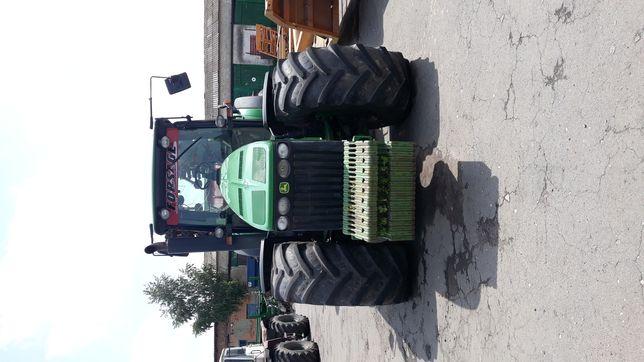 Продається трактор колісний JOHN DEERE 8530