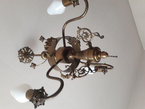 Mosiężny żyrandol piękny oświetlenie lampa