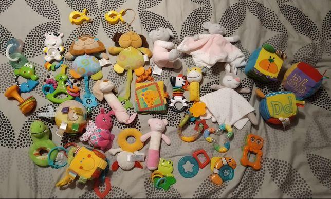 Zabawki dla niemowląt - grzechotki, piszczałki, gryzaki, sensoryczne