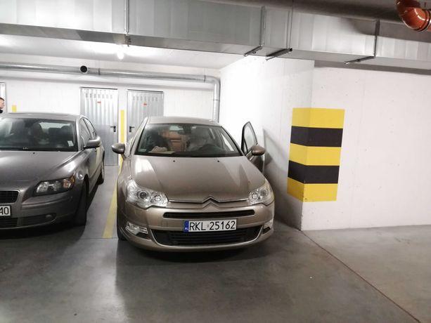 Miejsce parkingowe wynajme