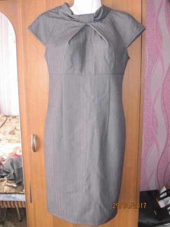 Платье теплое под водолазку 38р. 42-44р