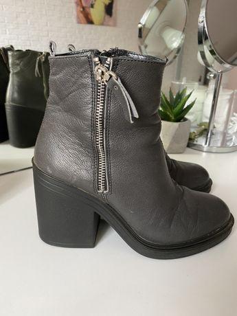 Весняні черевики, взуття жіноче на каблуку, ботинки, чобітки,