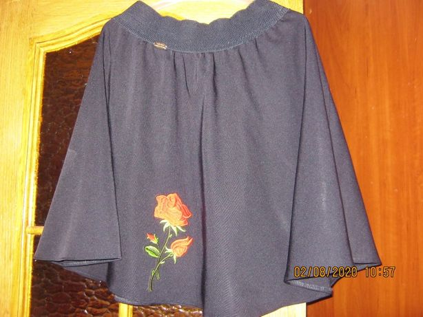 шкільна юбка на підлітка