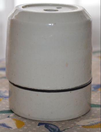 Патрон керамический Е40.