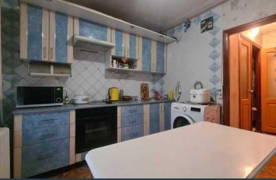 Продам  2-ком. укомплектованную  квартиру, район Калиновой, Клочко.