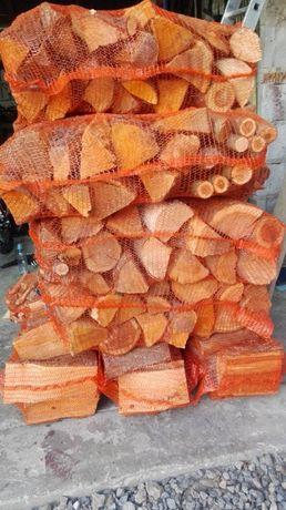 drewno drzewo opalowe suche