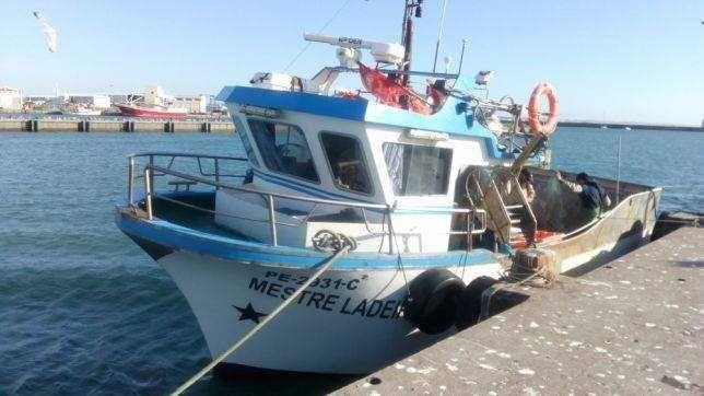 Barco de Pesca Mestre Ladeira