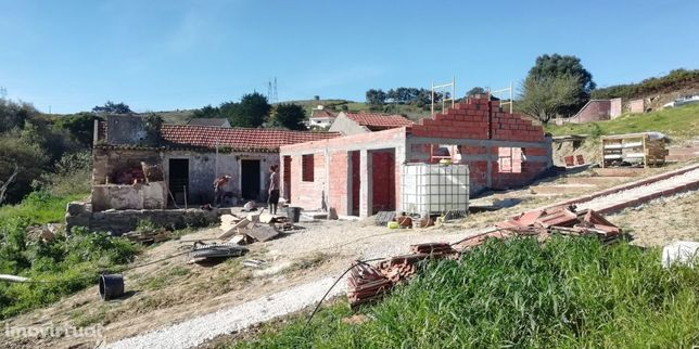 Quinta a 25 kms Lisboa - Grande oportunidade