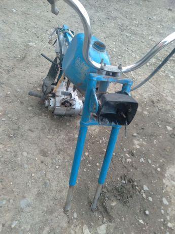 Карпати з мотор з нужным переключениям