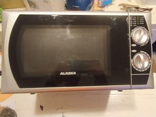 Micro-ondas Alaska com grill