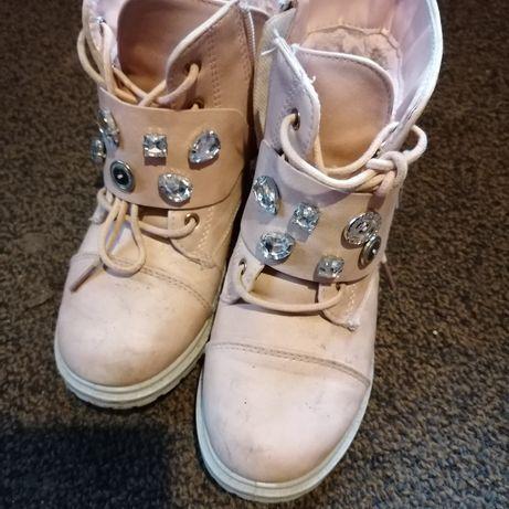 Buty dziewczęce  od 30 - 33 roz