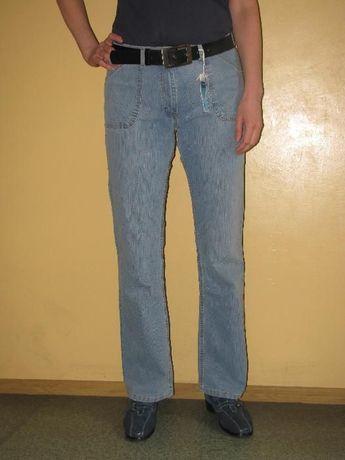 Wrangler Hero - dżinsy damskie - różne kolory - W27-36 x L31/L33