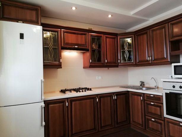 Продам 3 кімн.кв. з ремонтом вул. Грушевського цегляний будинок