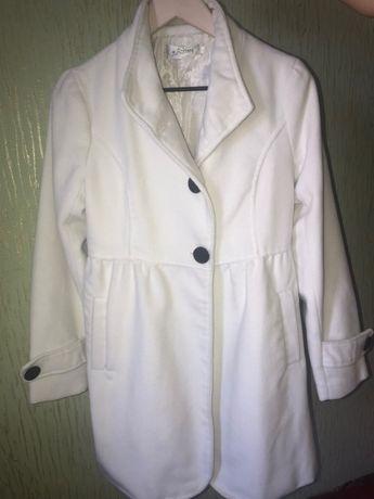 Демисезонное кашемировое пальто