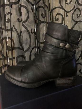 Кожаные сапоги сапожки ботинки 36 36.5 размер