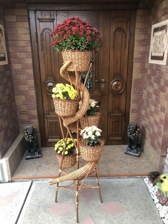 Подставка для цветов плетеная из лозы / Підставки для квітів з лози