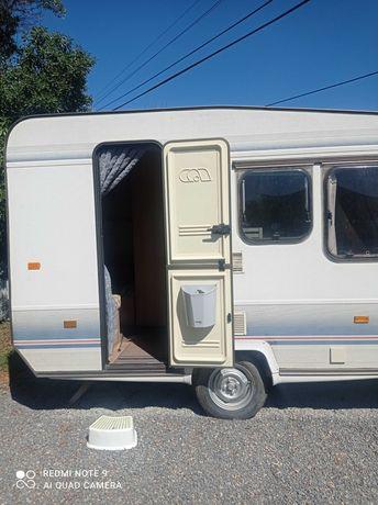 Vendo caravana Adria