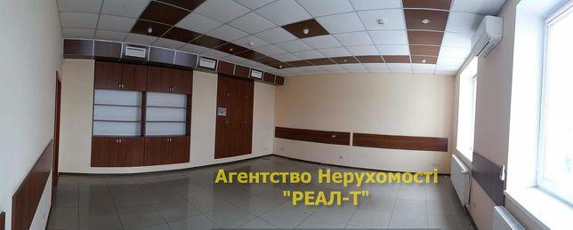 Оренда гарного офісу 450м2 з капремонтом і вбудованими шафами