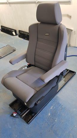 Fotel obrotowy dla osoby niepełnosprawnej