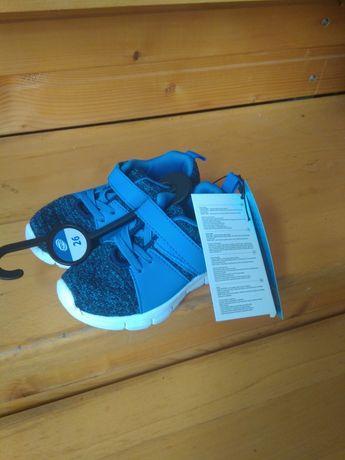 Продам кросівочки на хлопчика 26 розмір
