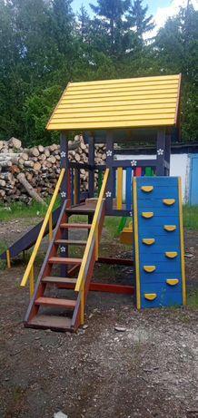 Дитячий деревяний ігровий майданчик