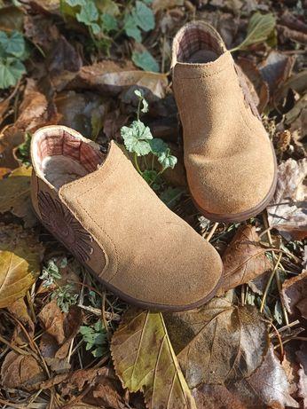 Ботинки для хлопчика 27 р